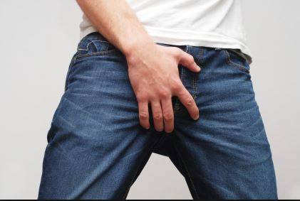 Itchy Scrotum Meaning, Causes, Symptoms, Bumps, No Rash and Home Remedies