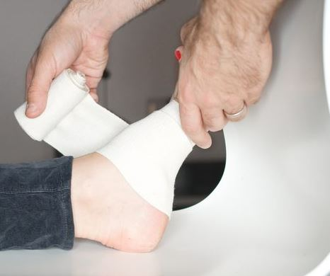 how to deal with pain on the side of foot